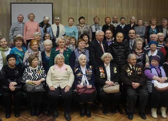 Торжественная встреча ветеранов с чаепитием