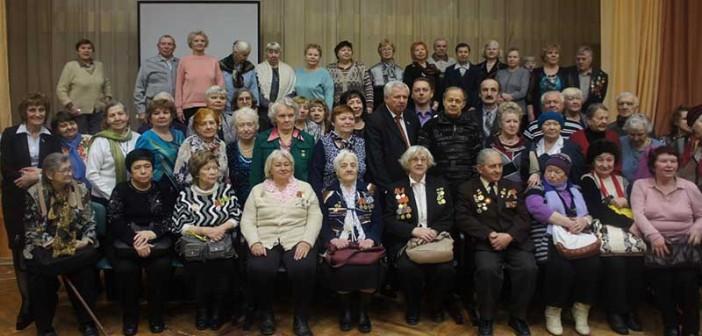 Торжественная встреча ветеранов